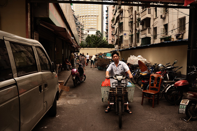 back alley, Hangzhou, China, 2012, David Stancu