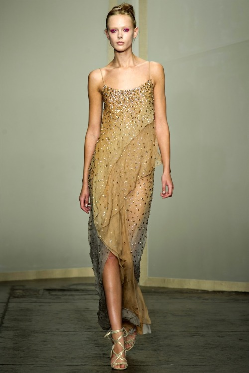 Collection: Donna Karan S/S 2013 Who we see wearing this piece: Amber Heard or Anna Kendrick Who would you like to see wearing this on the red carpet?