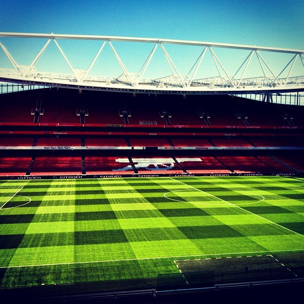 #arsenal #stadium #pitch #football #grass #stand #architecture #thatmfeeling #gunners #gooners #london  (Taken with Instagram)