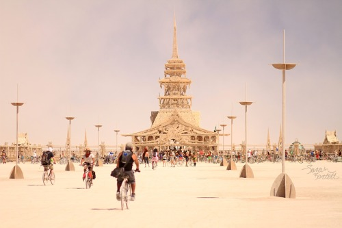 naturepunk:  The Temple at Burning Man. Photographed by NaturePunk.