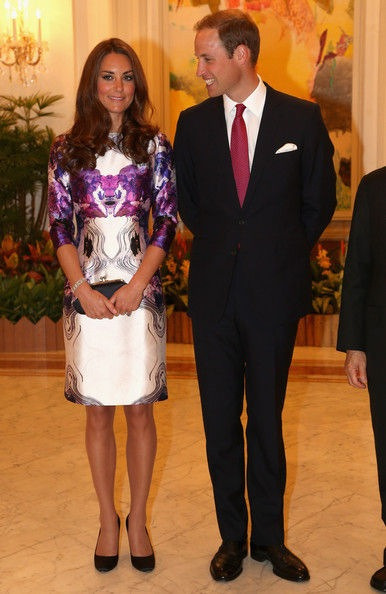 Her second dress for the state dinner, I'm not too keen on this dress, prefer more fitter dresses. What do you think?