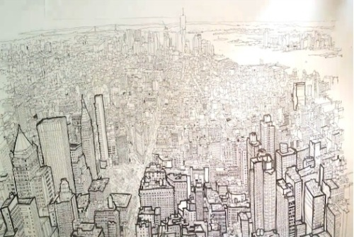 minusmanhattan:  Check out this awesome timelapse of artist Patrick Vale drawing the view of the Manhattan skyline from the Empire State Building.