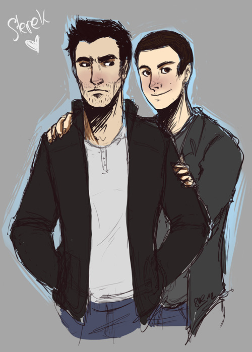 A little doodle I did to relax after classes today :) It's going to evolve in a group pic, but for now, it's only sterek gosh, they invaded my l