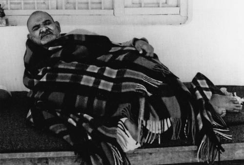 "ramdassloveserveremember:  On this day in 1973, Neem Karoli Baba left his body. His teaching is simple and universal. As he often said, ""Sub Ek"" — All is One. He taught us to love everyone, serve everyone, feed everyone, remember God, and to tell the truth. http://on.fb.me/Q0mQki"