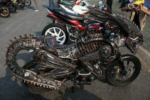 10 Weird Motorcycles [Click to view entire gallery] Your bike seems to be leaking some kind of corrosive acid.