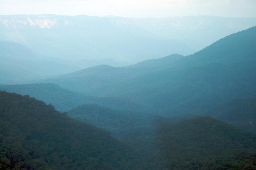 Blue Blue Mountains by stidball on Flickr.