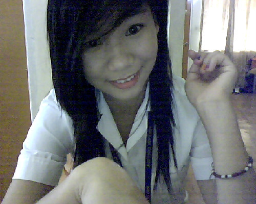 Goodmorning!  Ready for school. xx Proud Knoller here. :)