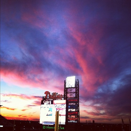 What the hell #philadelphia #sky—stop being so purty! #phillies #sunset (Taken with Instagram at Citizens Bank Park)