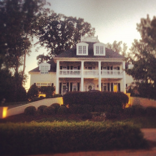 My favorite house on my nightly jog!