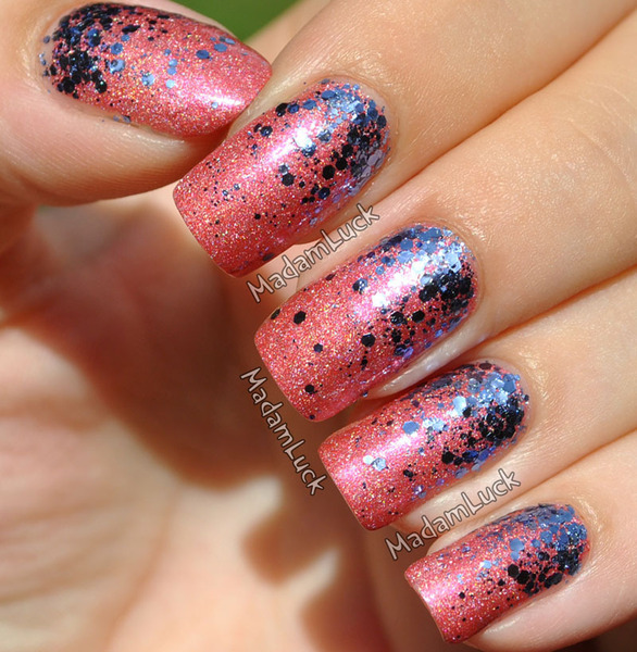 beautylish:  Glitter Gradient nails from Amanda S.!