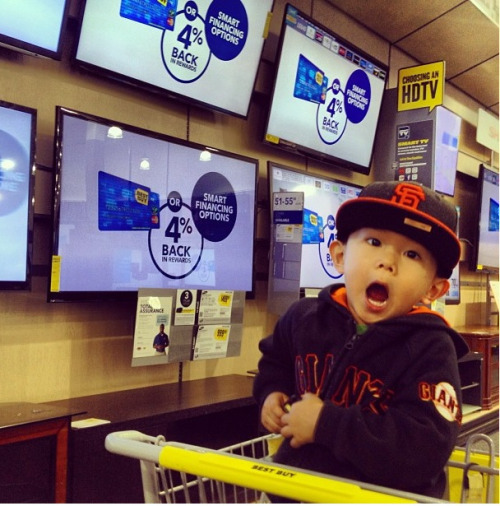 "What kind of reaction do you expect from a kid brought to ""Best Buy"" for the first time? …PRICELESS"