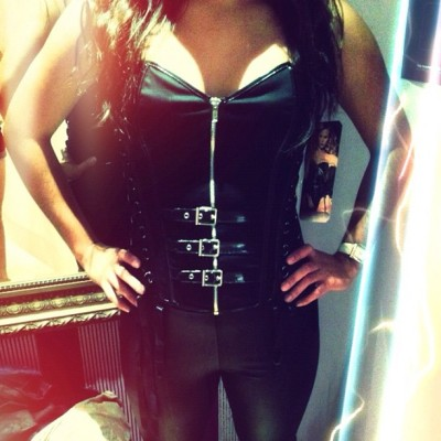 😝 #corset #tooexpensive #justplaying #halloween ?  #girlsjustwanttohavefun  #youwish (Taken with Instagram)