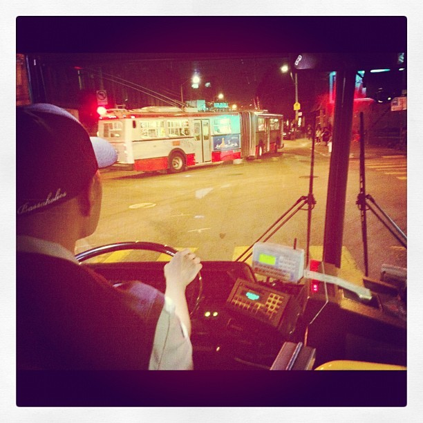 From behind the bus driver #muni #munigram #sanfrancisco #sf#street #public#publictransportation (Taken with Instagram at san francisco muni 22inbound )
