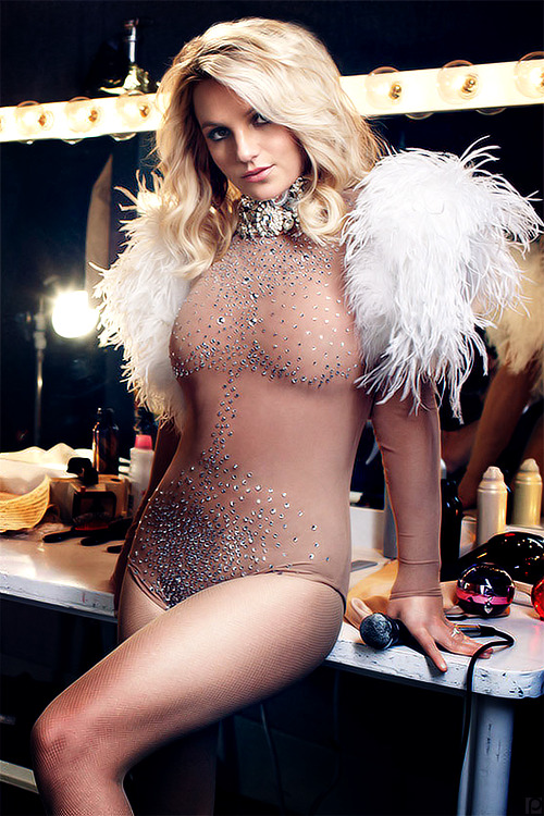 poisonparadise:  Britney Spears | By: Alexi LubomirskiElle | Oct 2012   Bitch is flawless!