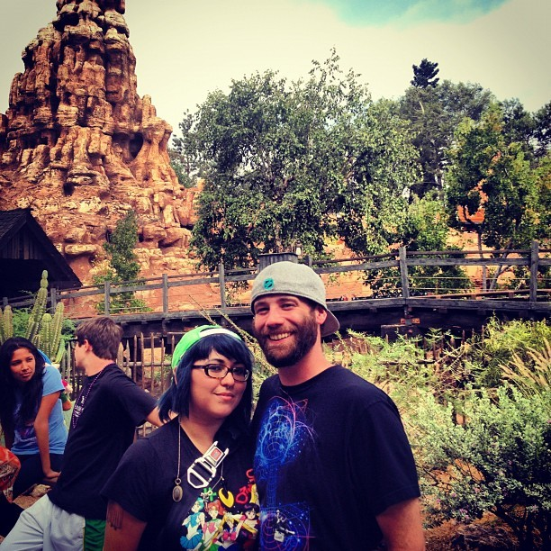 @incircles 🎁🎉#disneyland  (Taken with Instagram)