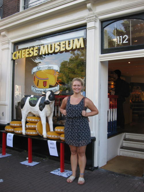 The Dutch can do cheese. But really. We went to this cheese museum more than once. They must have had more than 30 cheeses available to sample, and sample i did. Every single one of them. And only one was I not very fond of (it was a 4 year old Gouda, crunchy, blegh). We went as an 'appetizer course' and ended up ruining our appetites.