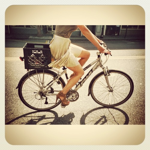 "highheelsandtwowheels:  Good Morning! Who wants to help get me a new bike? I know you do. Because the material on my blog has become a bit stale and what better way to spice it up than with a new bike? Now, go ""Like"" my photo. Please, pretty please?"