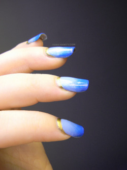 Gold Ruffian & Blue Gradient nails