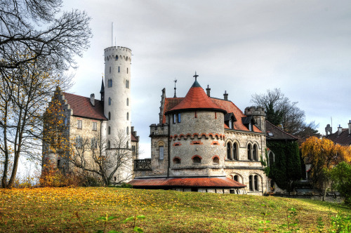Castle Lichtenstein / Germany (by Habub3)