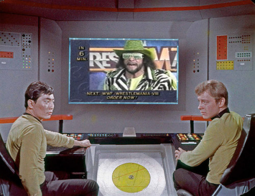 ontheviewscreen:  What is the Enterprise bridge crew watching today?