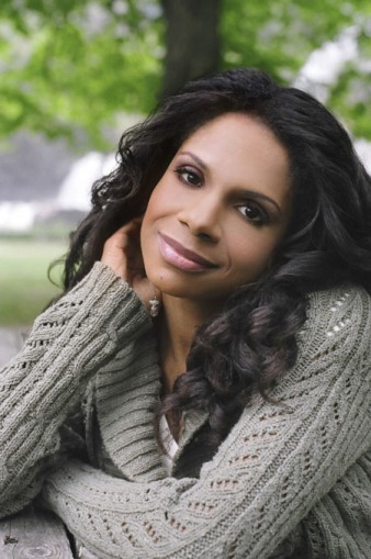 Audra's On Board Five-time Tony winner, and frequent Philharmonic collaborator, Audra McDonald will host the Live From Lincoln Center broadcast of the Orchestra's Opening Gala on September 27, conducted by Alan Gilbert and featuring violinist Itzhak Perlman. The broadcast, which will also feature extended artist profiles, airs at 8 p.m. on WNET in New York; check local listings for times and dates on other PBS stations.