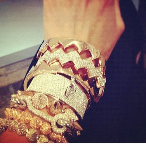 #eddieborgo #glitters #pave #armcandy #armswag #armparty #bracelet #brunika #instafashion #armparty #armswag #armcandy #instadaily #instagood #instainsta #instamood #instahub #iphoneonly #all_shot #mensfashion #travel #iphonesia #brunika #instabru #igsg #sgig #ignation #igdaily #jj #statigram #webstagram  (Taken with Instagram)