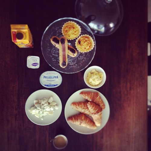 #aerial #view of my #breakfast #foodie #foodcoma #foodporn #croissants #potatosalads #eclaire #ricepudding #instadaily #instagood #instainsta #instamood #instahub #iphoneonly #all_shot #mensfashion #travel #iphonesia #brunika #instabru #igsg #sgig #ignation #igdaily #jj #statigram #webstagram #yoghurts #cecemel  (Taken with Instagram)
