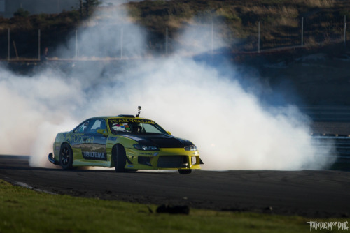 Raymond Sørum of Team Yellow putting down mad smoke in his 700hp 2JZGTE S14 at Gatebil!