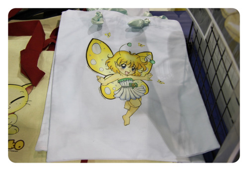 She's soooo cute! (Fairy tote bag).
