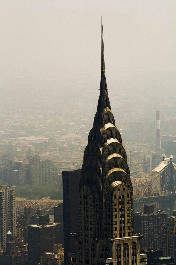 in-ti-macy:  Chrysler building (by loungerider)