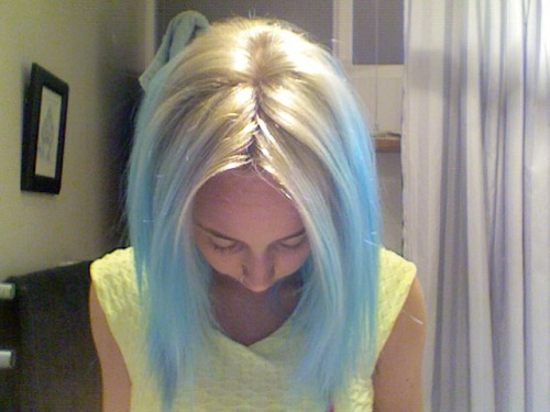 Okay I didn't go grey. Blonde/blue instead. At least I have no roots now.