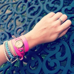 🐦 #armparty #neon #lamer #watch #bracelets #noir #ring #yurman #silver #gold #swaggin #instagood #instaself #pink #igaddict #fun #nyc (Taken with Instagram)