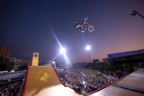 X Games BMX Big Air gold medalist Steve McCann hits the road in France, and mixes up his riding style in the process. Check it here -> http://es.pn/PbL63I