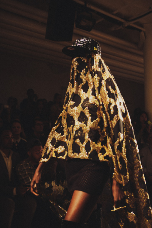 mcqueenlovesme:  bryanteslava:  Jeremy Scott show.  Live fast die young Bad Girls do it well