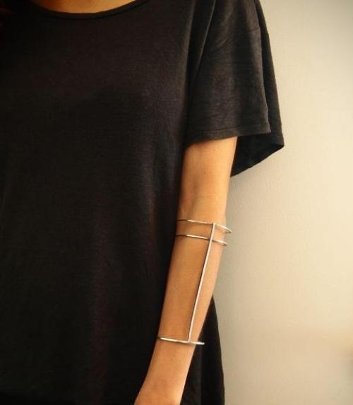 what-do-i-wear:  Sterling silver wrist cuff, available from boticca