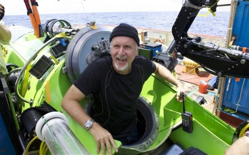 sciencepopularis:  James Cameron discusses deep sea exploration with Nature Cameron discusses Mariana Trench, Deepsea Challenger, funding and his deep sea 'hit list'.