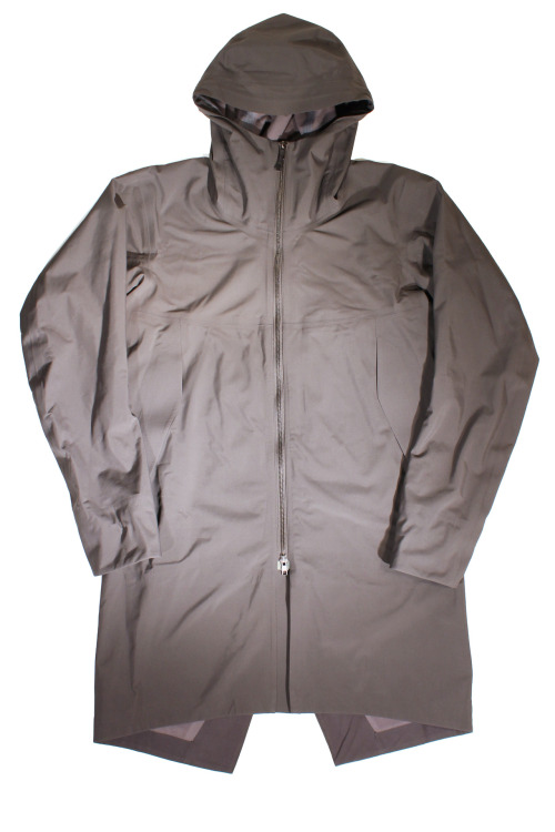 A closer look: The Veilance (by Arc'teryx) Monitor SFT Coat. Fleece lined, waterproof, breathable, seam sealed, fish-tailed madness. Made in Canada.