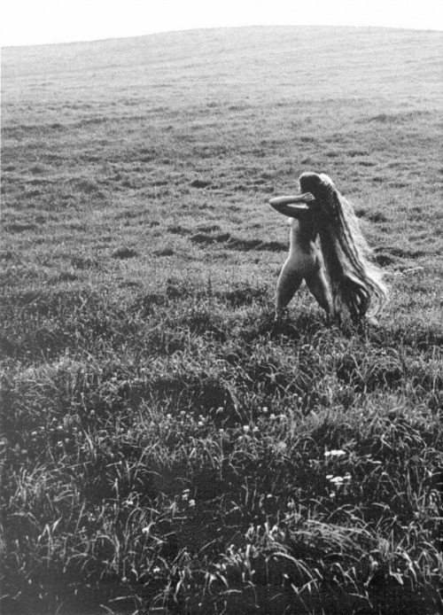 Nude in Field by Rimantas Dichavičius (via tree-stump-palace, lucy-in-desguise)