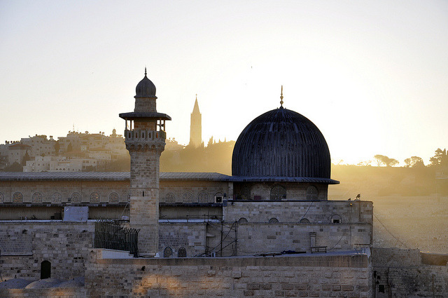 cuoredimenta:  Jerusalem - dawn over the al-Aqsa Mosque
