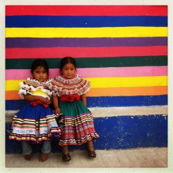 Two completely freaking adorable little girls in Chilapa, Guerrero.