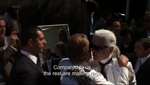lave-nder: Lagerfeld and Valentino sharing a bitchy moment