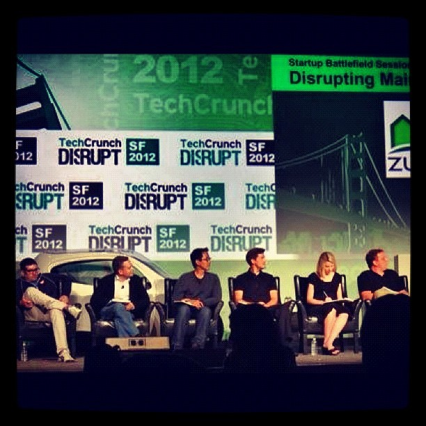 All-star #TCdisrupt judges: @cdixon, @DavidSacks, @davidlee, @roelofboltha, @marissamayer, @arrington in one picture! (Instagramで撮影)