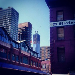 South St., Lower Manhattan #NewYorkCity #LowerManhattan #SouthStreetSeaport #Afternoon  #OneWorldTradeCenter  (Taken with Instagram at South Street Seaport)
