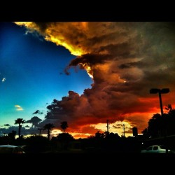 Welcome to Phoenix #phoenix #arizona #desert #clouds #sunset #sky #iphonesia #igdaily #wow #jj #jj_forum #webstagram #storm #igaddict #igers #collegelife  (Taken with Instagram)