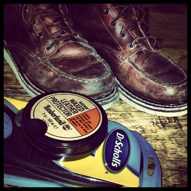 A little #tlc for the boots and my back tonight… #moctoe #waxedleather #drschollsaysimnotahipster (Taken with Instagram)