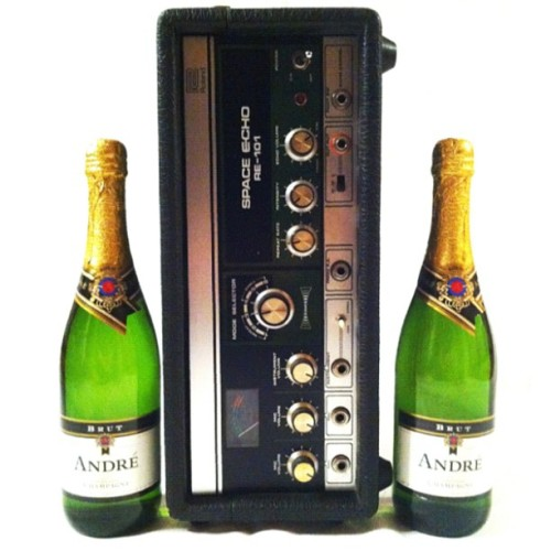 @Roland_US Space Echo RE-101 with André Brut Champagne #synthbooze #champagne #gear #gearporn #vintage #analog #booze  (Taken with Instagram)