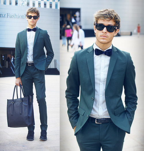 gentlemanguide:  Mercedes benz Fashion Week - Day 3 (by Adam Gallagher)