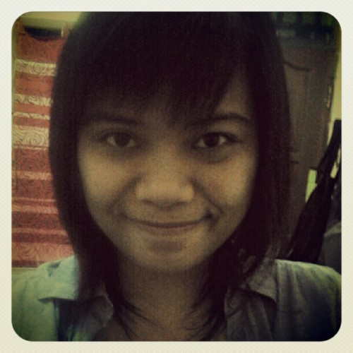 new haircut. is it too short? #selfpotrait #haircut #hair #girl #personal (Taken with Instagram)
