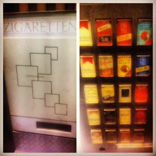 Vintage zigaretten machine. #berlin #vintage #cigarrettes (Taken with Instagram)