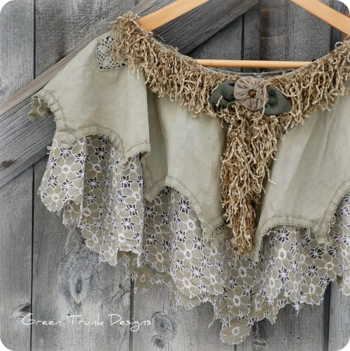 Mori Girl Green Moss Lace Capelet